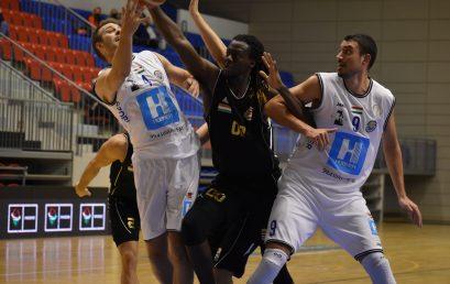 Győzelem a Salgótarján ellen – tovább menetelnek a férfi kosarasok a bajnokságban