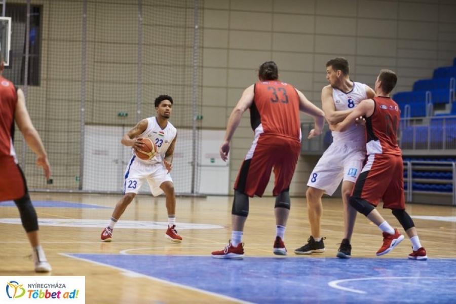 Kosárlabda rájátszás – szoros meccsen a Veszprém nyerte az első meccset